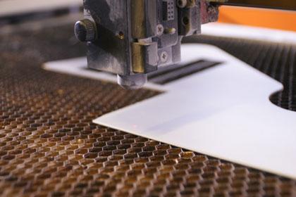 gravure et découpe laser d'une maquette