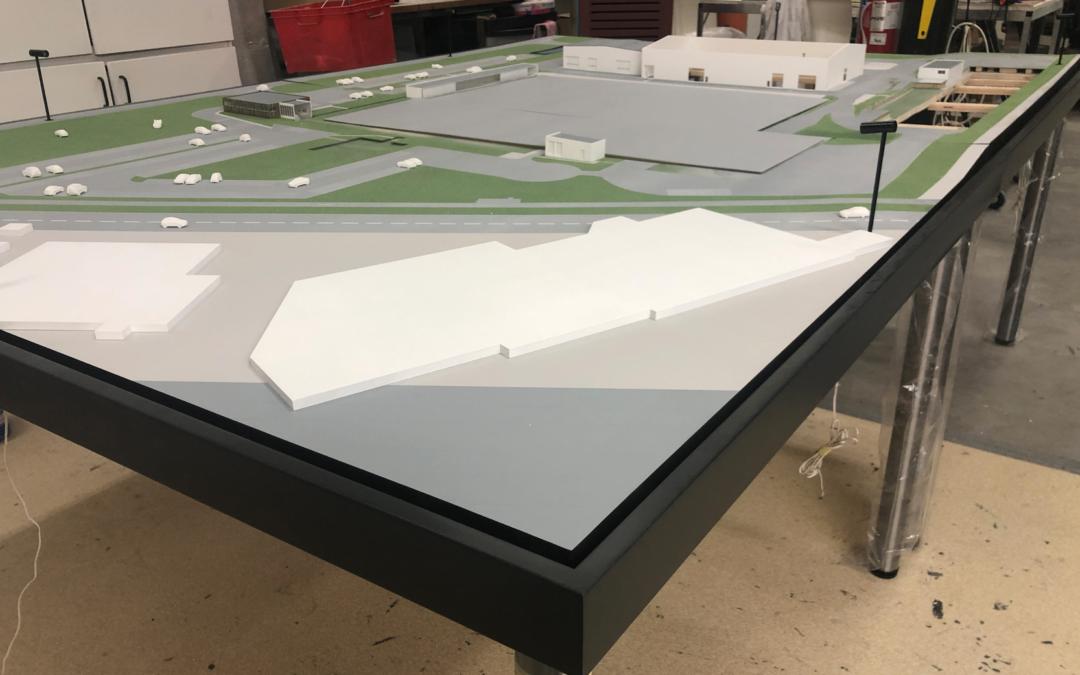 DANS LA PLACE : UNE MAQUETTE ARCHITECTURE XL !